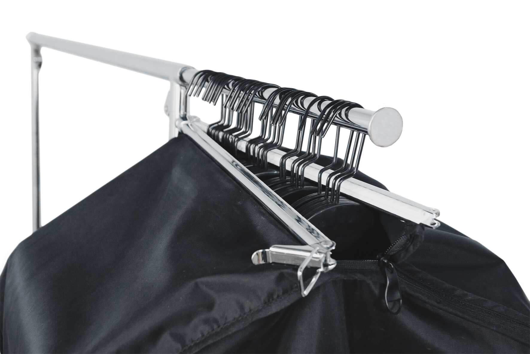 Schwarze Kleidersack